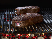 SteakChamp_-Steak-with-flashing-steakchamp-on-grill